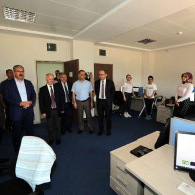 Tokat Valisi-Uyumsoft Tokat ofisi ziyareti